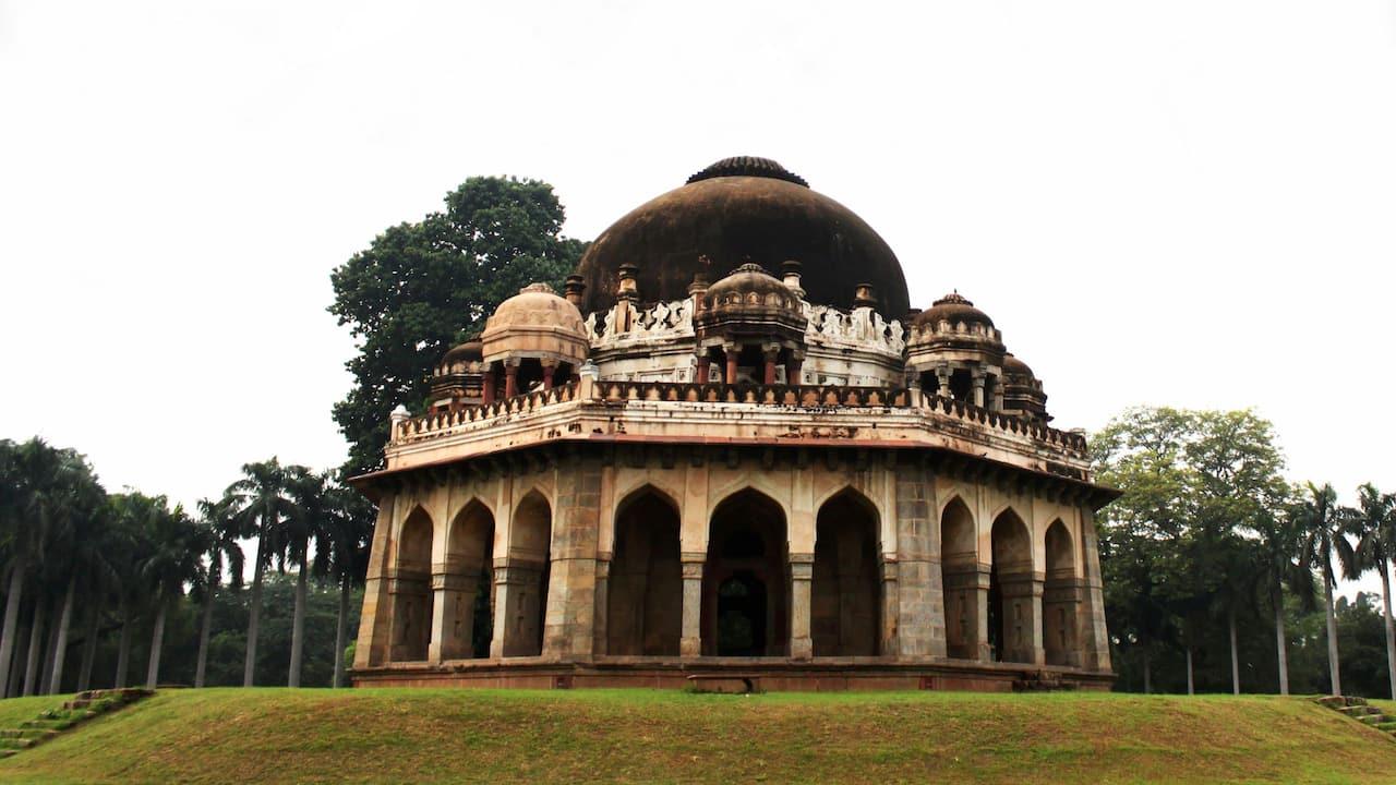 Lodhi gardens - Love Delhi
