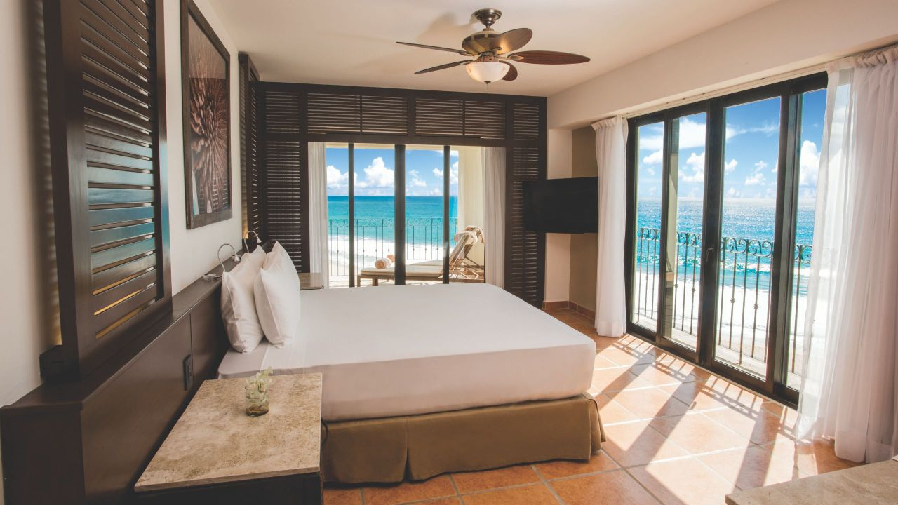 master bedroom suites luxury accommodations in los cabos hyatt ziva los cabos 12340