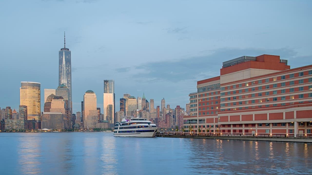 Marina Hyatt Regency Jersey City on the Hudson