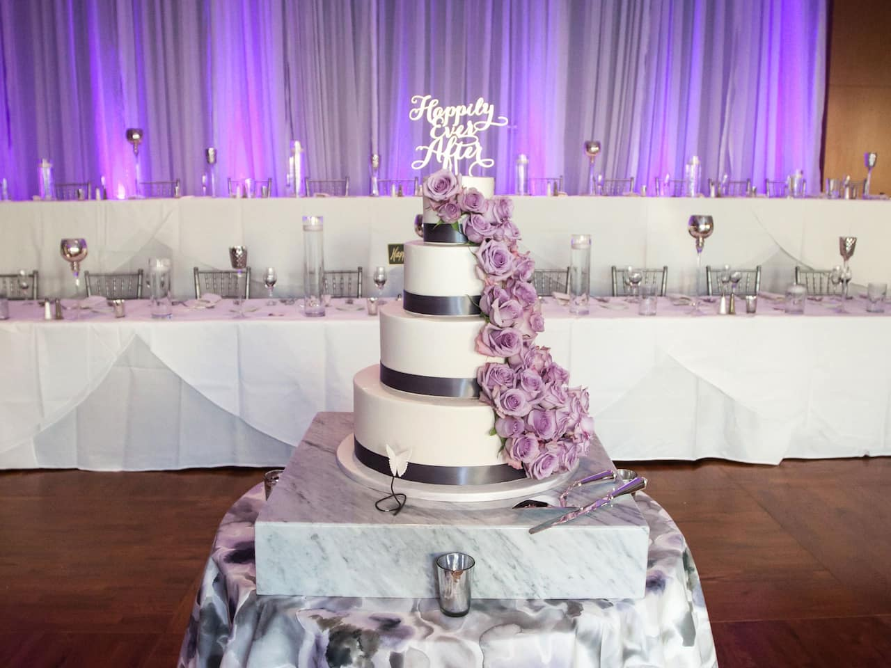Hyatt Regency McCormick Place Wedding Cake