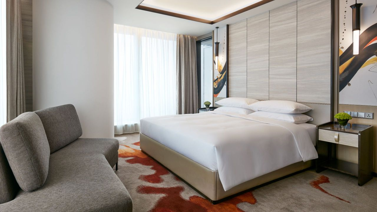Regency Suite Bed