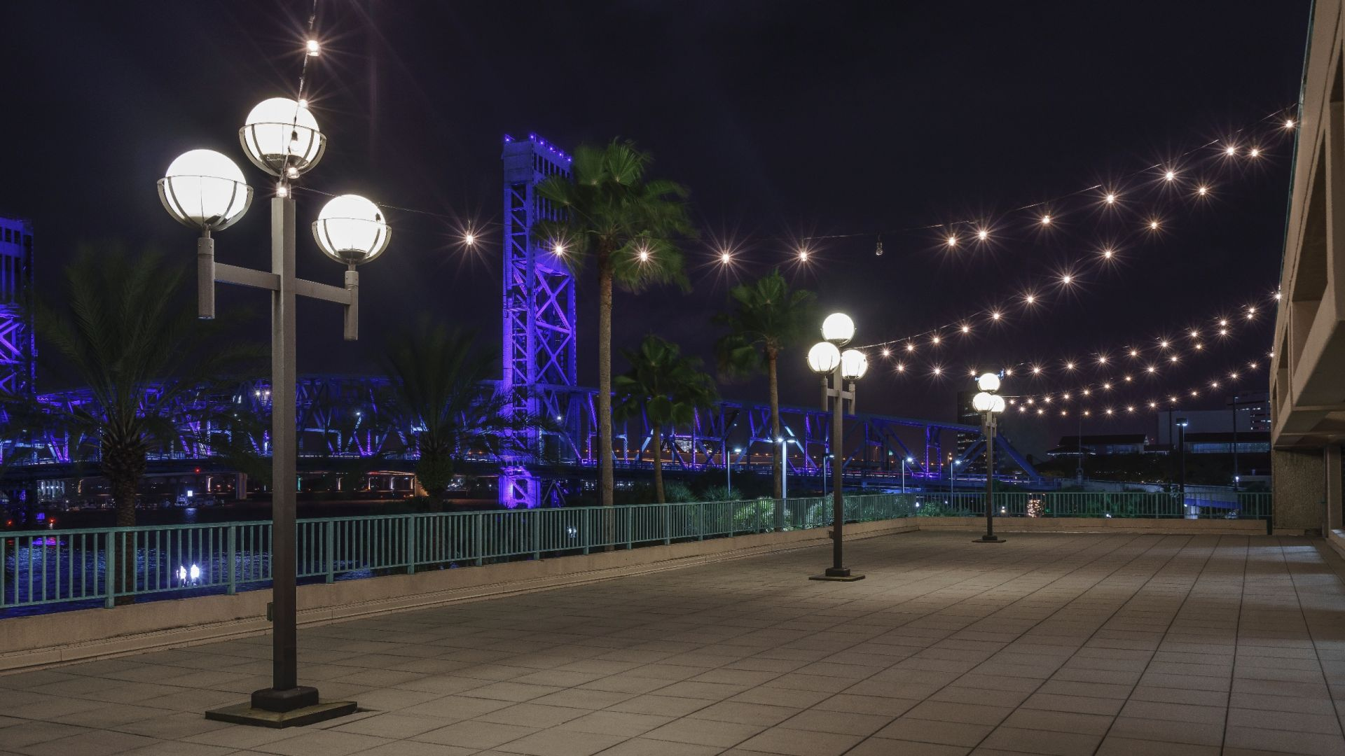 Outdoor riverfront venue in Jacksonville