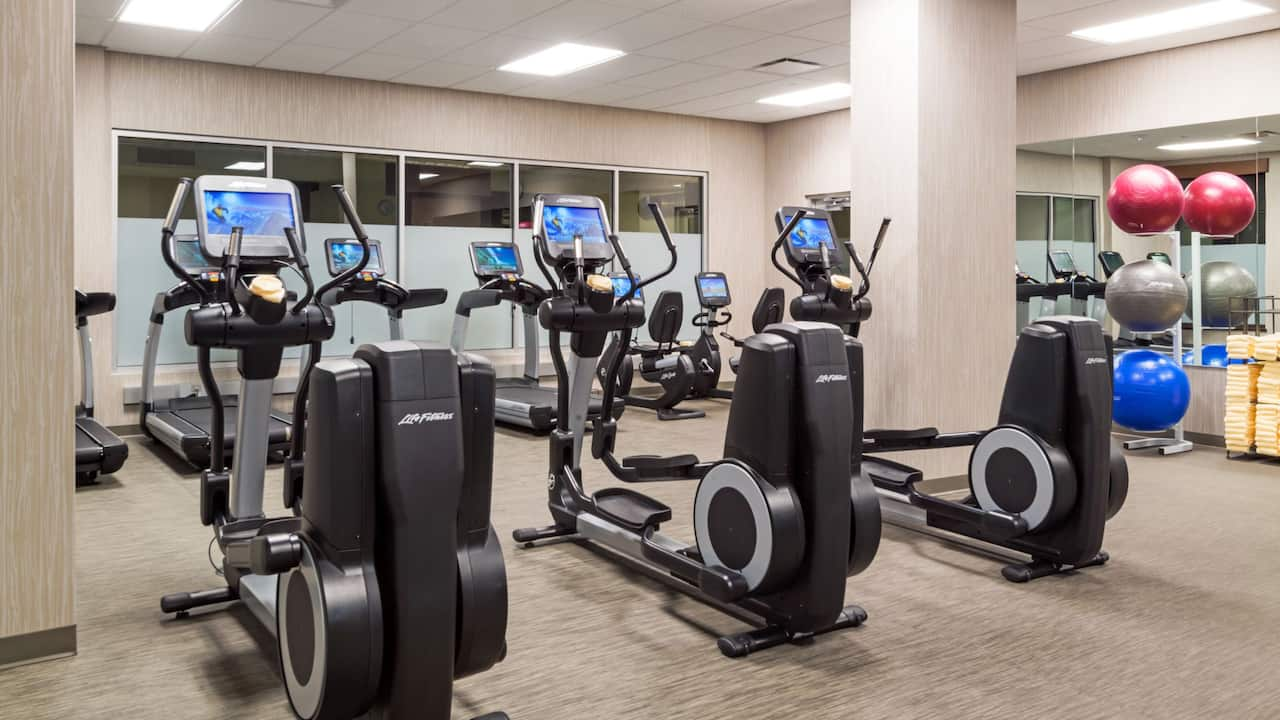 Fitness Room Hyatt House Denver / Downtown