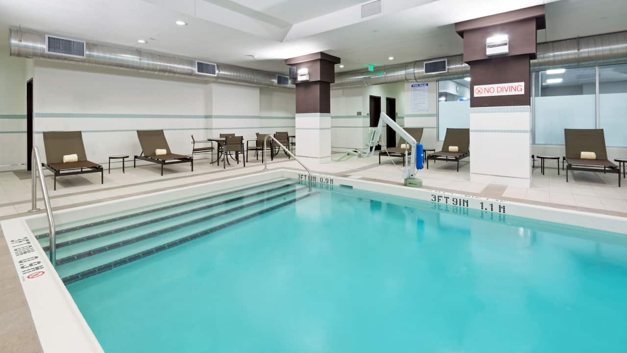Indoor Pool Hyatt House Denver / Downtown