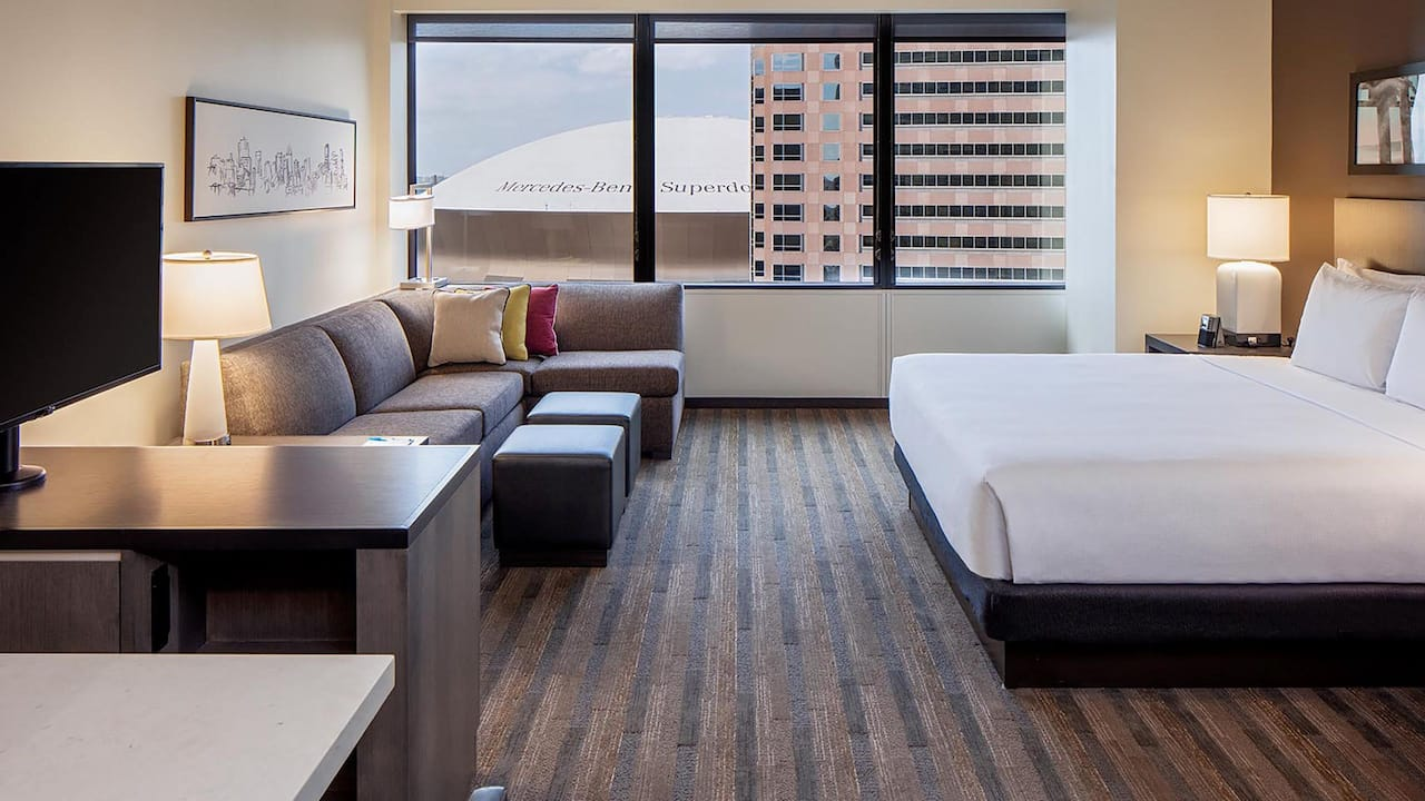 Hyatt House New Orleans/Downtown King Studio