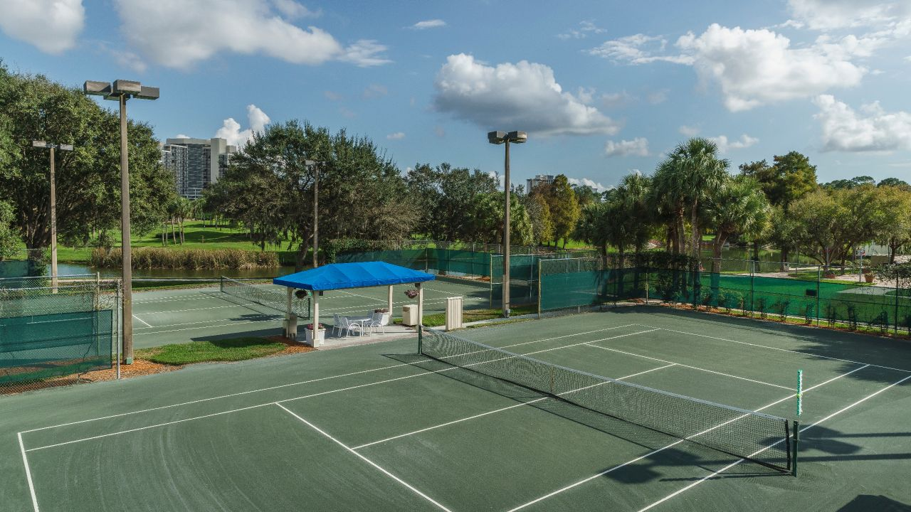 Hyatt Regency Grand Cypress Tennis courts