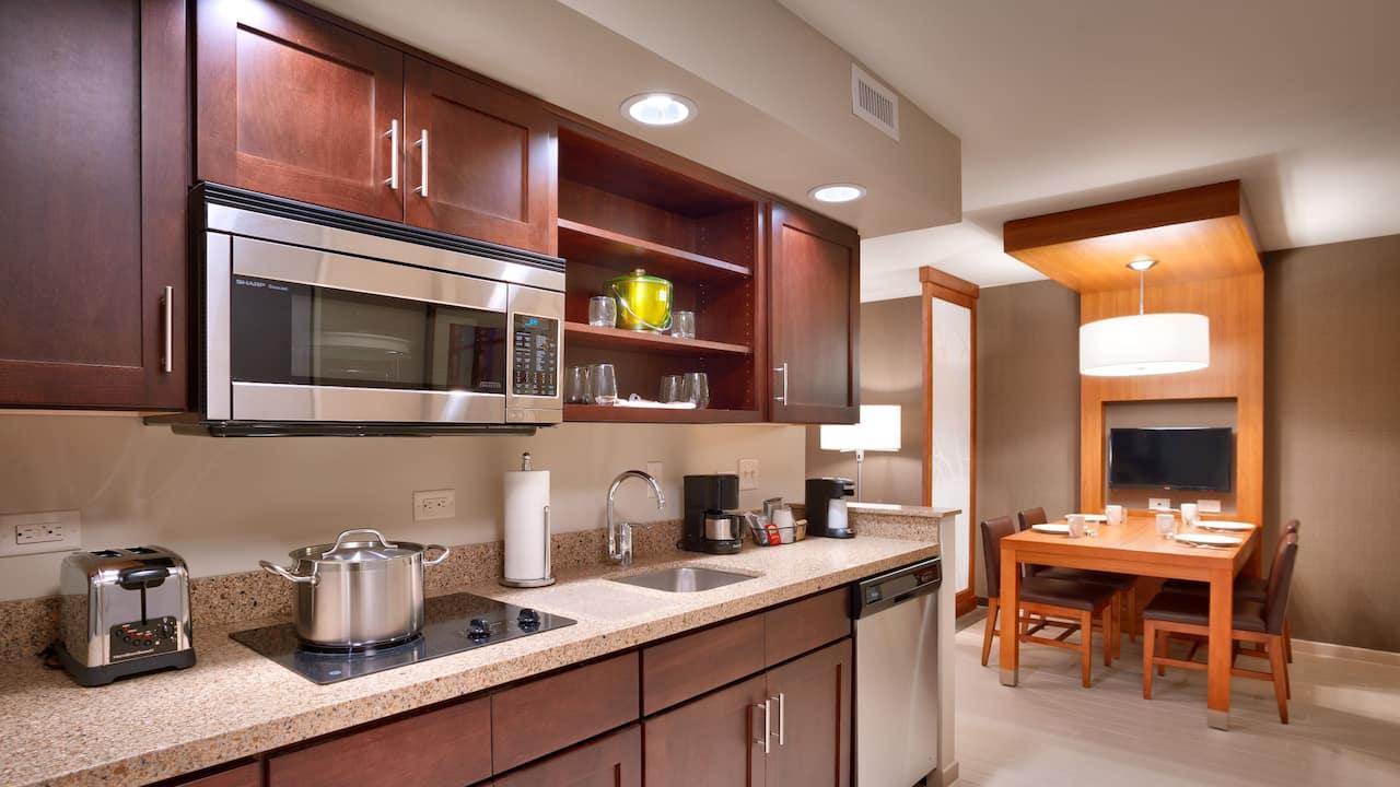 KNG Suite Kitchen