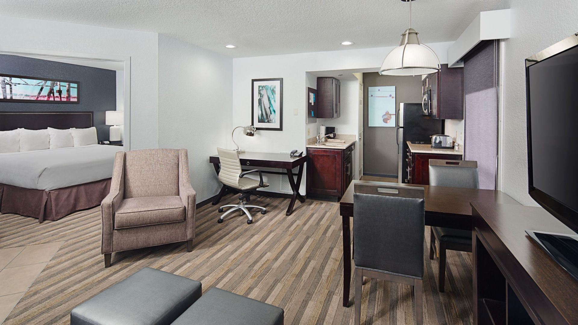 Hyatt House Los Angeles / El Segundo 2 bedroom suite