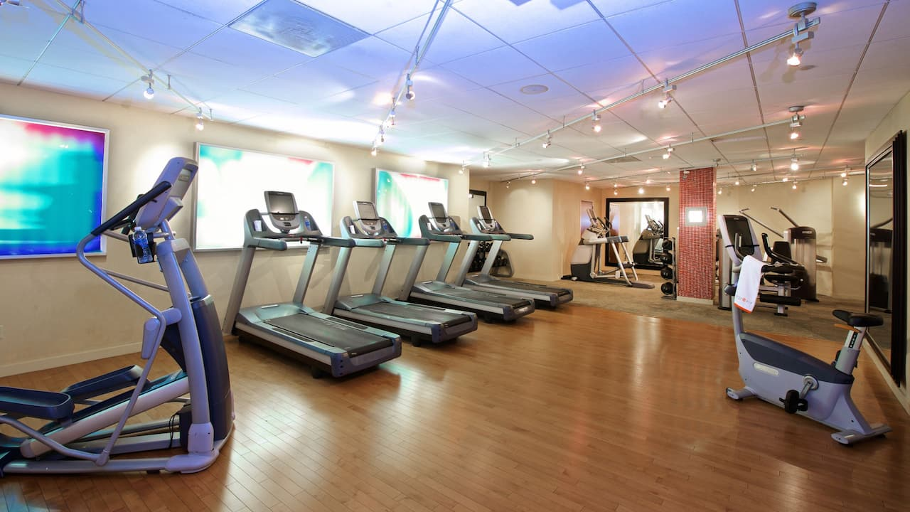 fitness center Hyatt Regency Crystal City