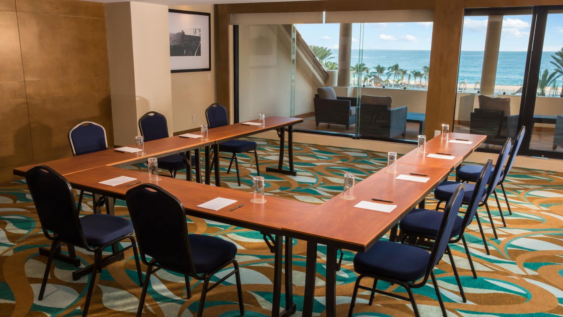 U-shape Style Meeting Room