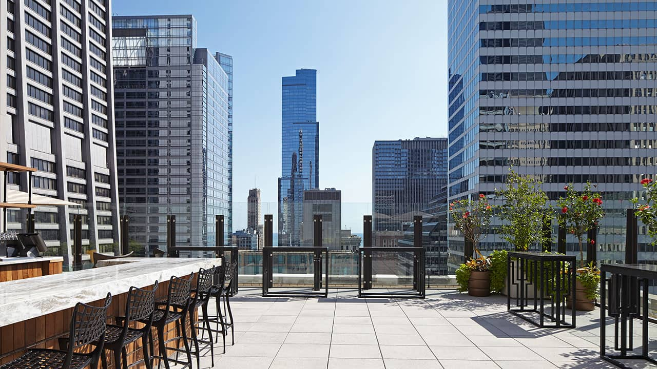 AIRE Rooftop Venue | Hyatt Centric The Loop Chicago