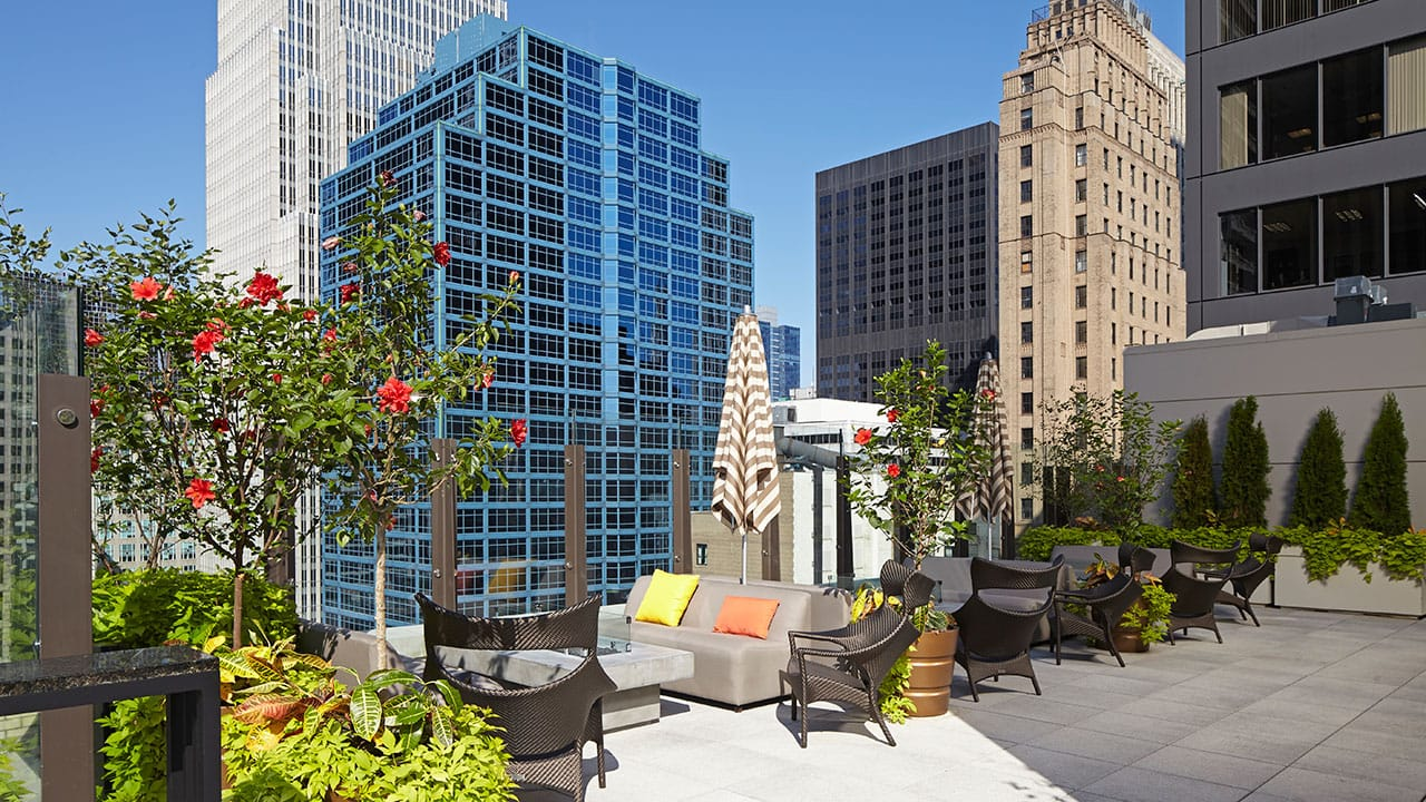 Aire Rooftop Bar | Hyatt Centric the Loop Chicago