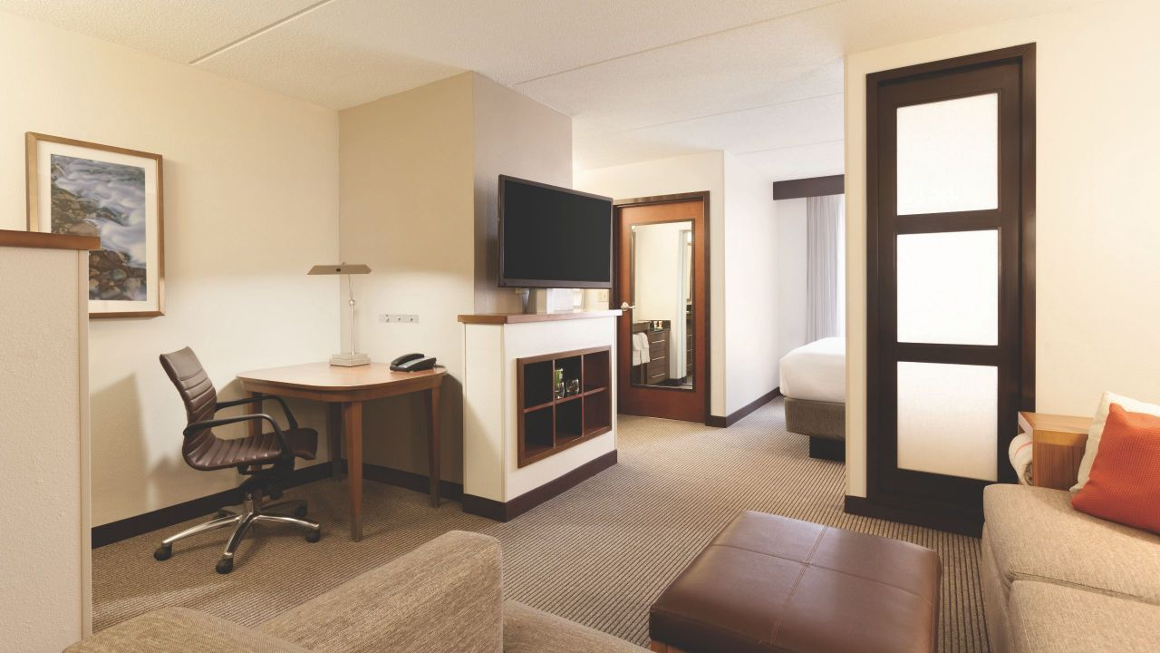 King Bed (plus sofa Bed) | Hyatt Place Chicago/Lombard/Oak Brook