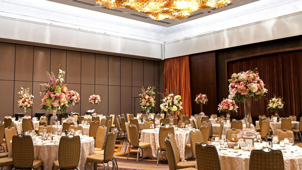 Grand Hyatt New York Empire Ballroom Round Tables