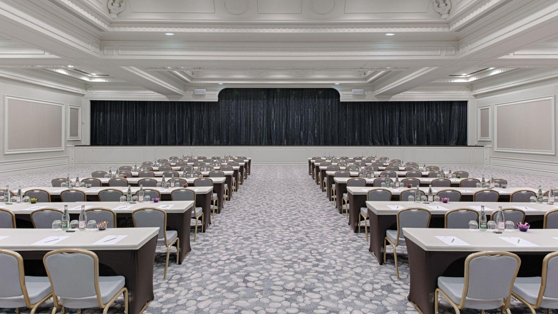 Salle de Conférence Riviera à l'Hôtel Hyatt Regency Nice Palais De La Méditerranée