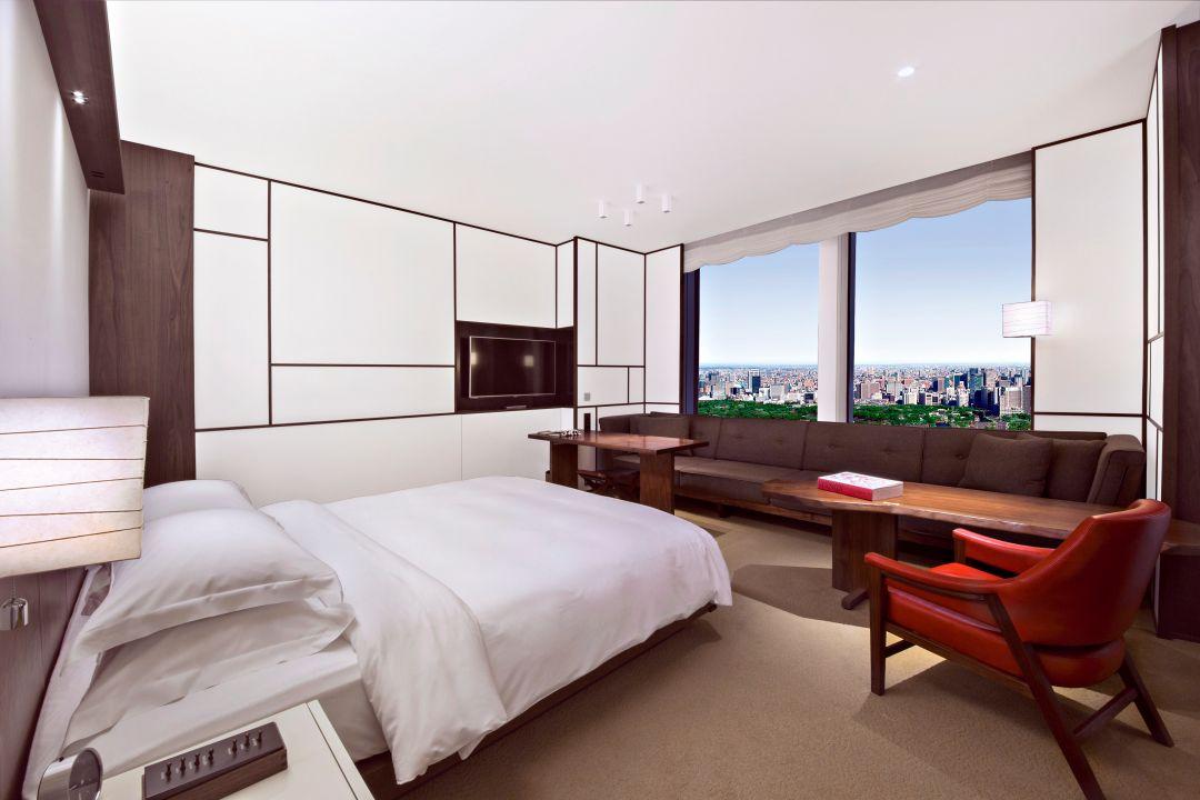 Andaz Tokyo Toranomon Hills, park view king guestroom