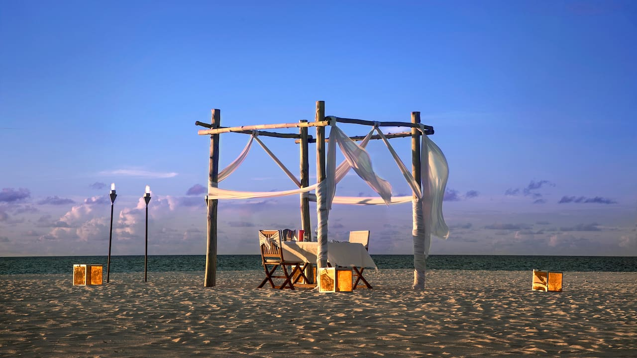 Private Dining at Beach