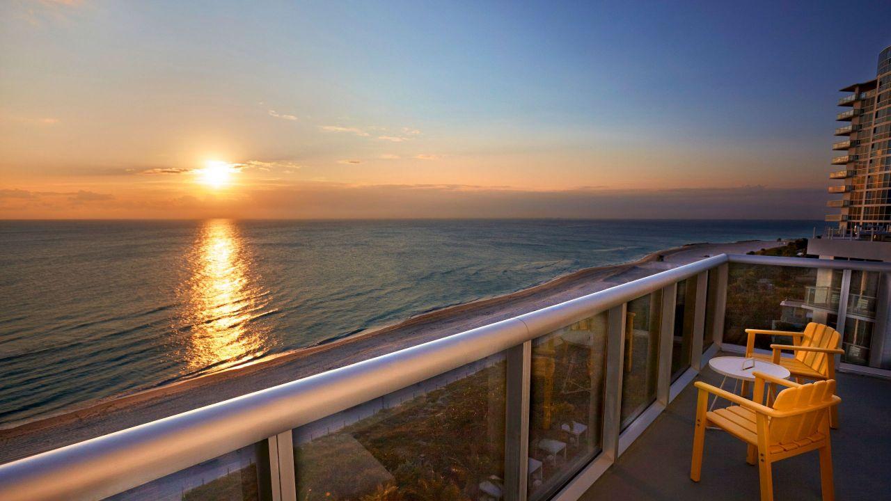 Oceanfront Balcony King Sunrise