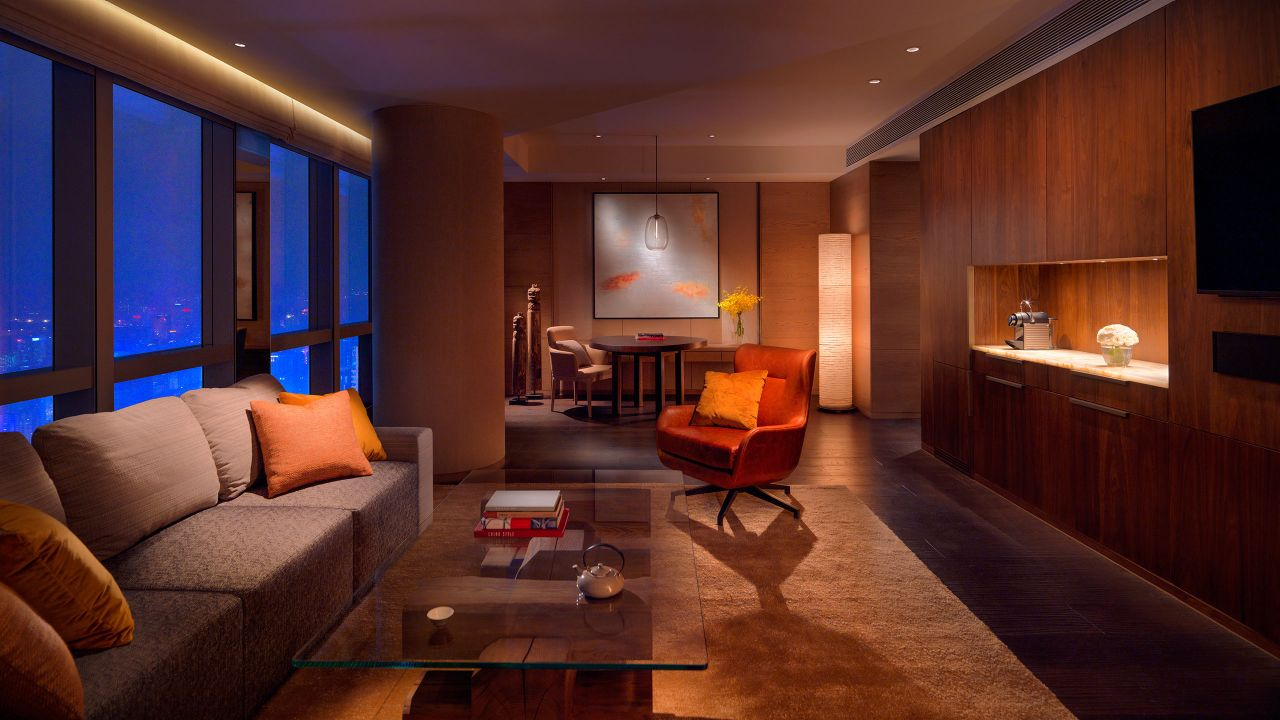 Park Deluxe Suite living area