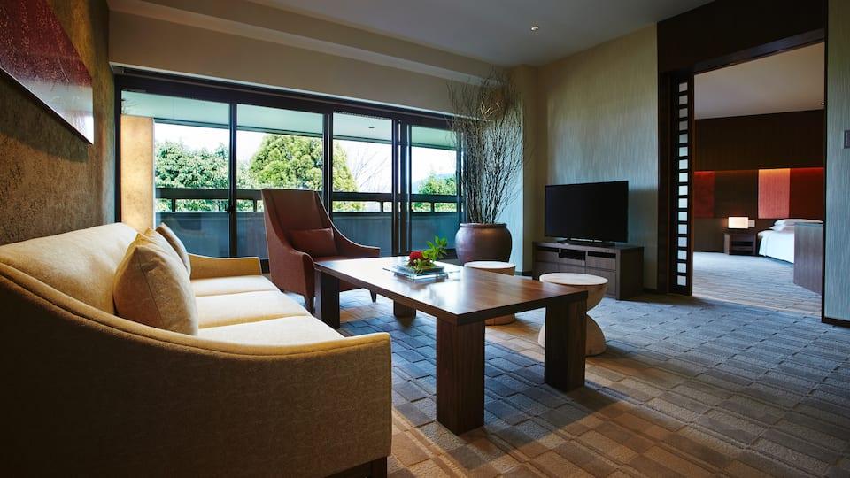 Kyoto Suite King Living - Hyatt Regency Kyoto