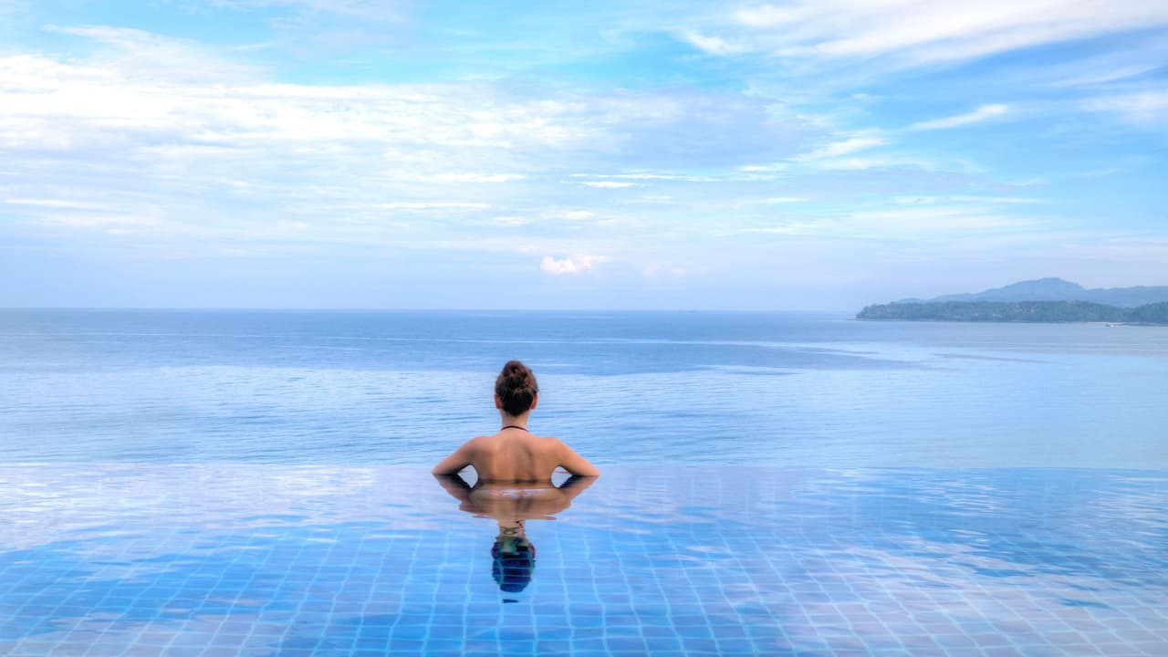 5-star Phuket Hotel in Kamala Beach Infinity Pool
