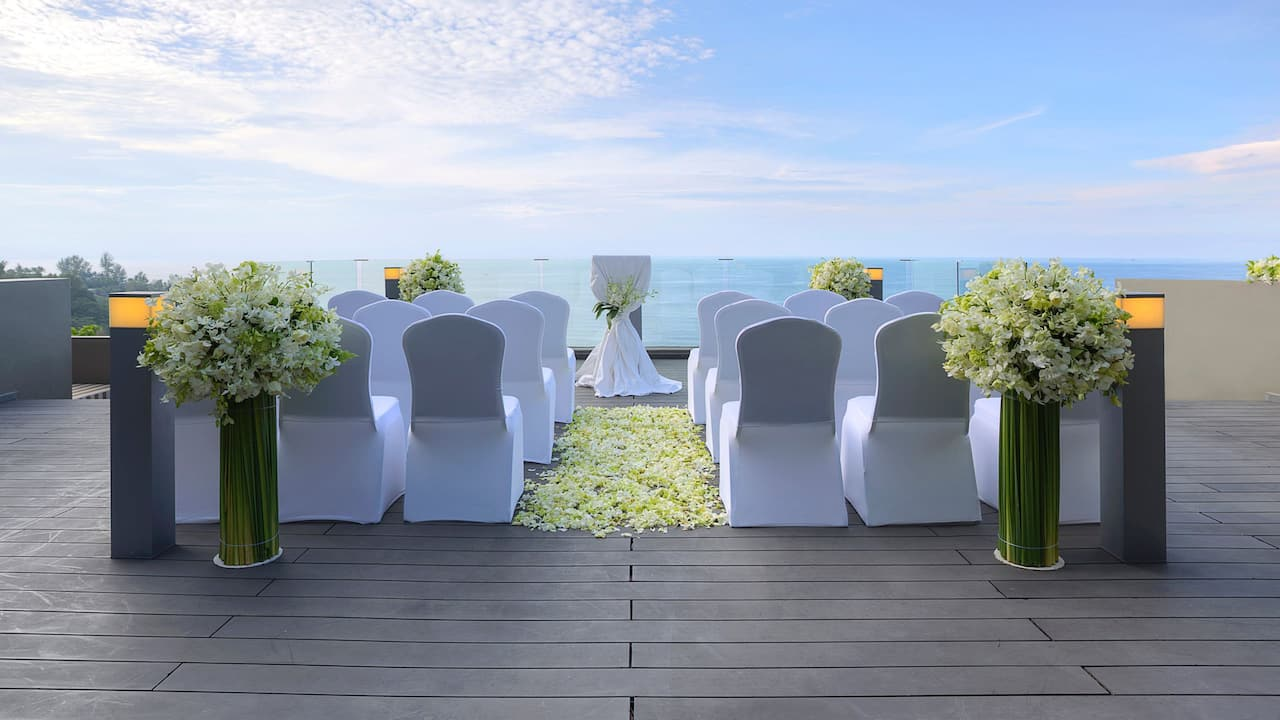 Outdoor Phuket Wedding ceremony