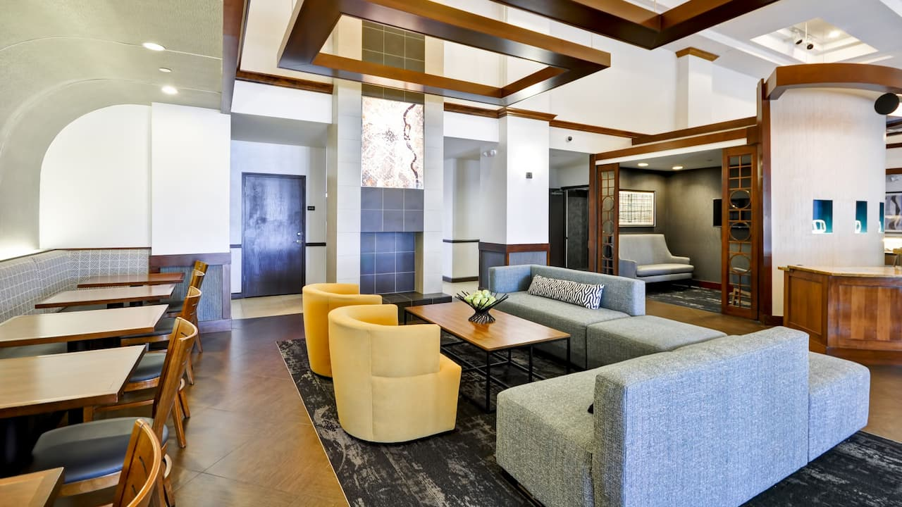 Lobby Seating Hyatt Place Minneapolis Airport South