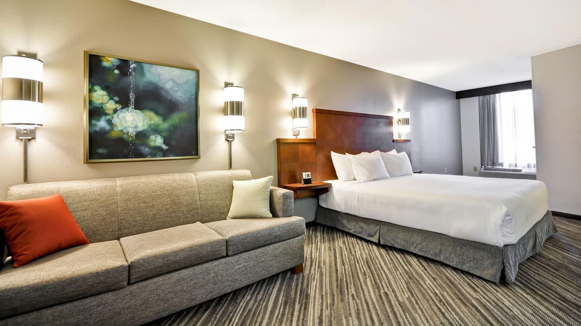 Suite near Hyatt Place Minneapolis Airport South