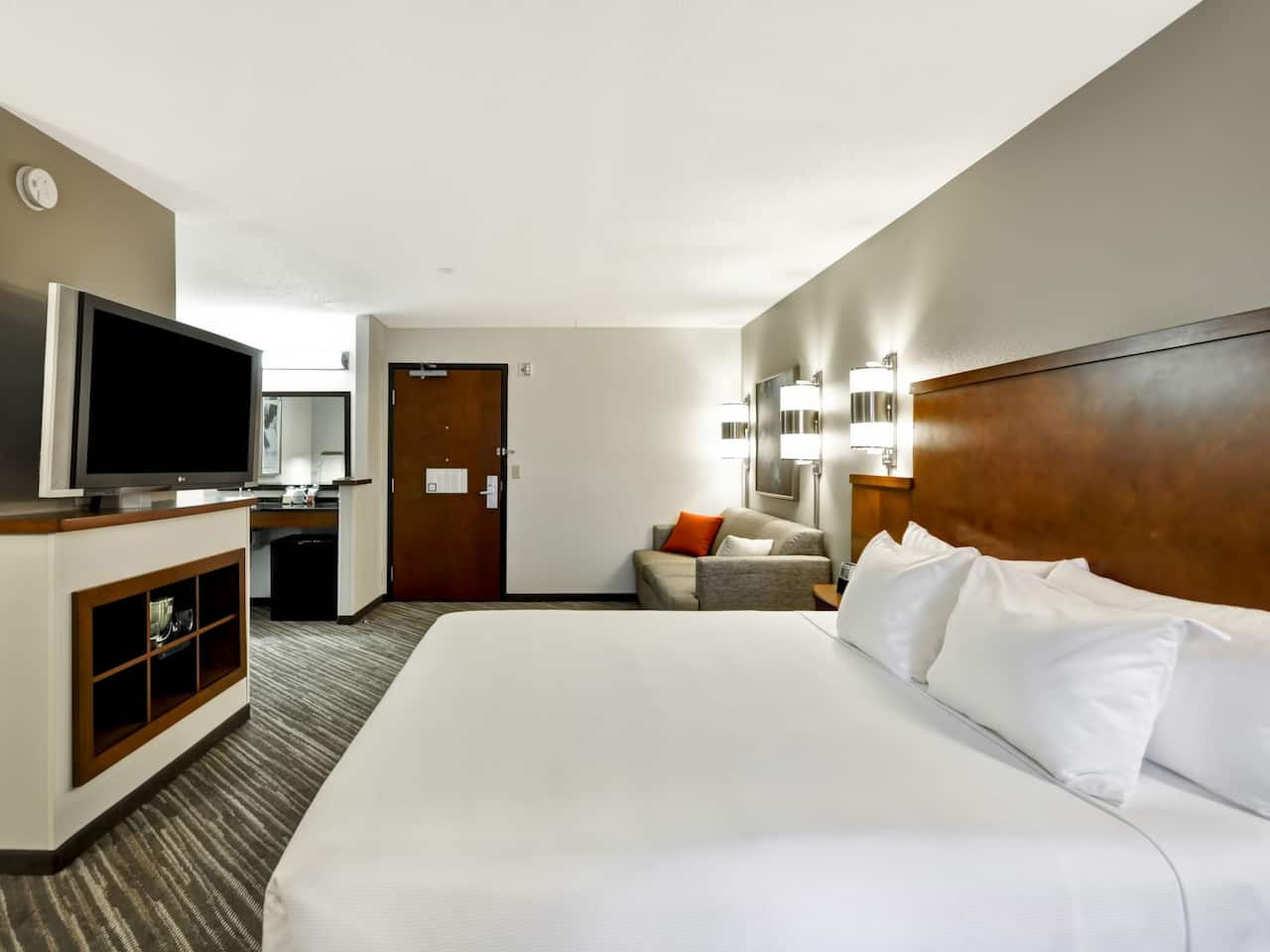 Room at Hyatt Place Minneapolis Airport South