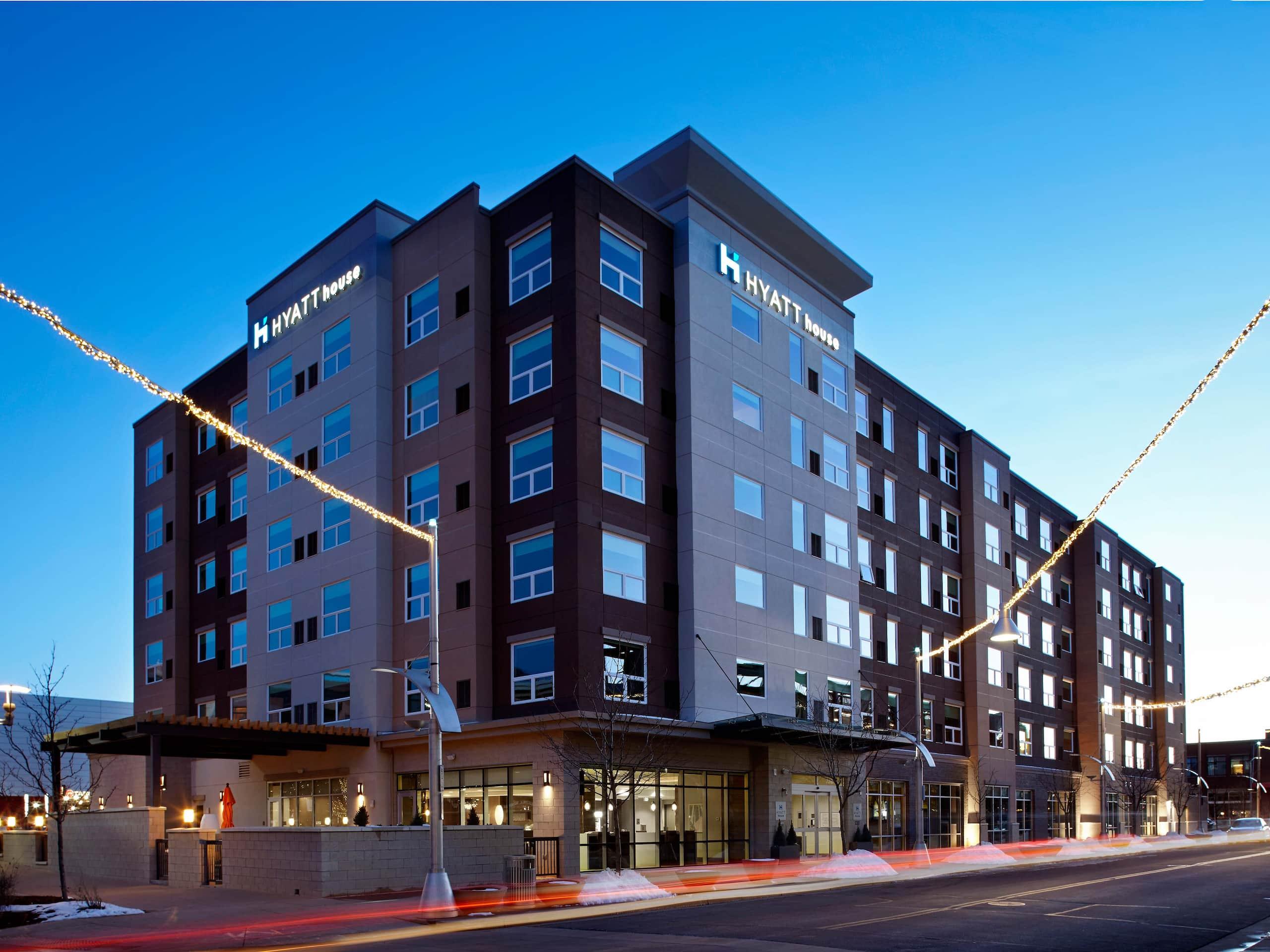 Hotel Near Denver Federal Center | Hyatt House Denver/Lakewood at Belmar