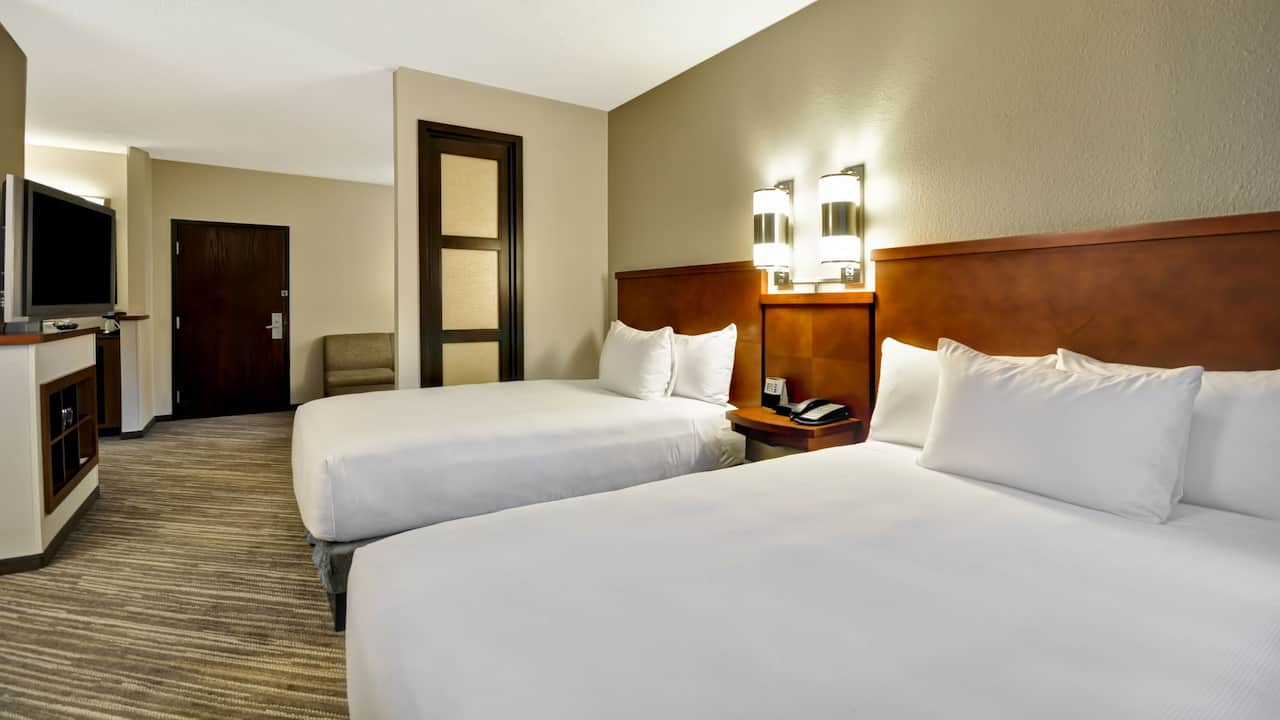 Hyatt Place Tampa Airport/Westshore Two Queen Beds with Sofa Bed