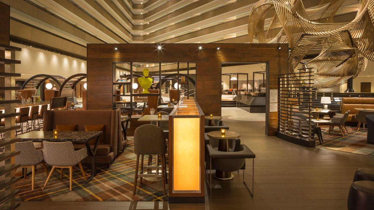 restaurant seating - Local Kitchen Sf