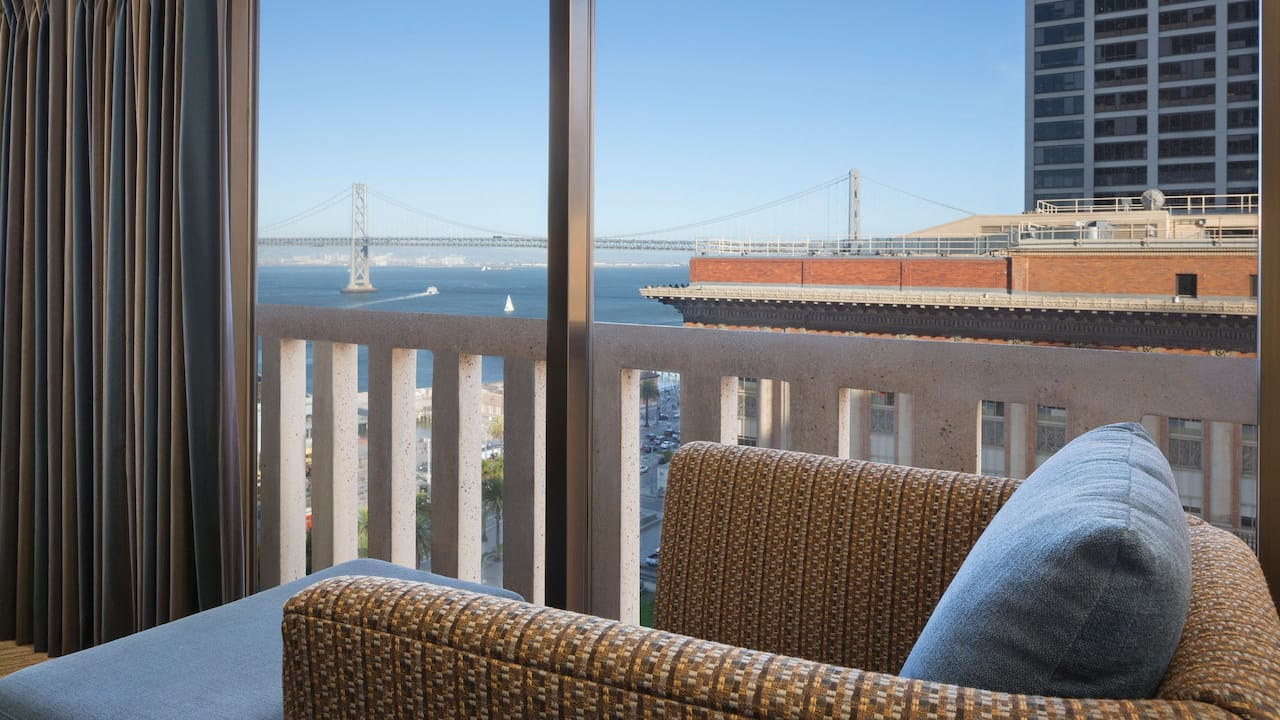 1 King Bed Bay View Room Hyatt Regency San Francisco