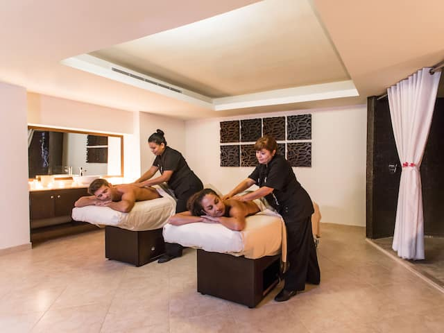 Spa Couple Massage