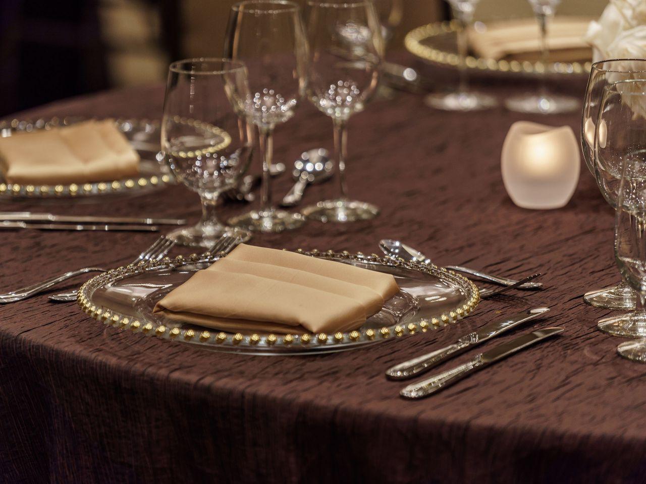 Social Table Setting
