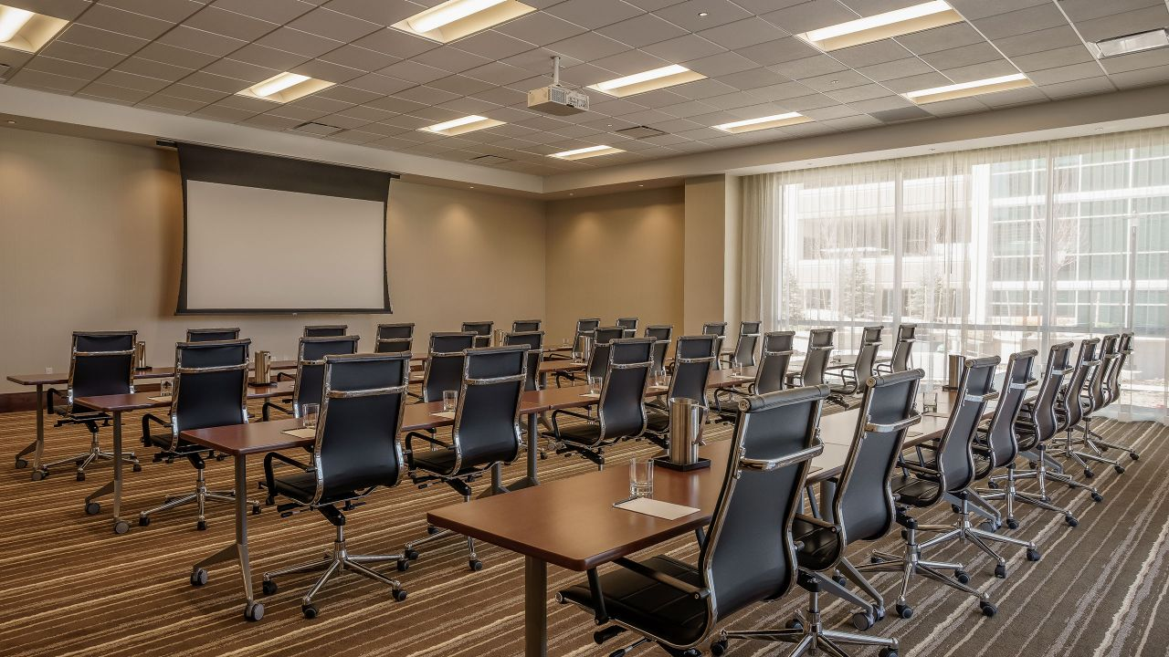 Smaller Meeting Room at Hyatt Regency Aurora-Denver