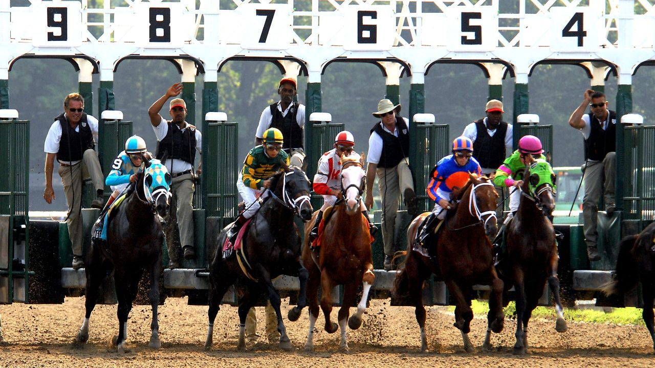 Horse racing at the Saratoga Race Track