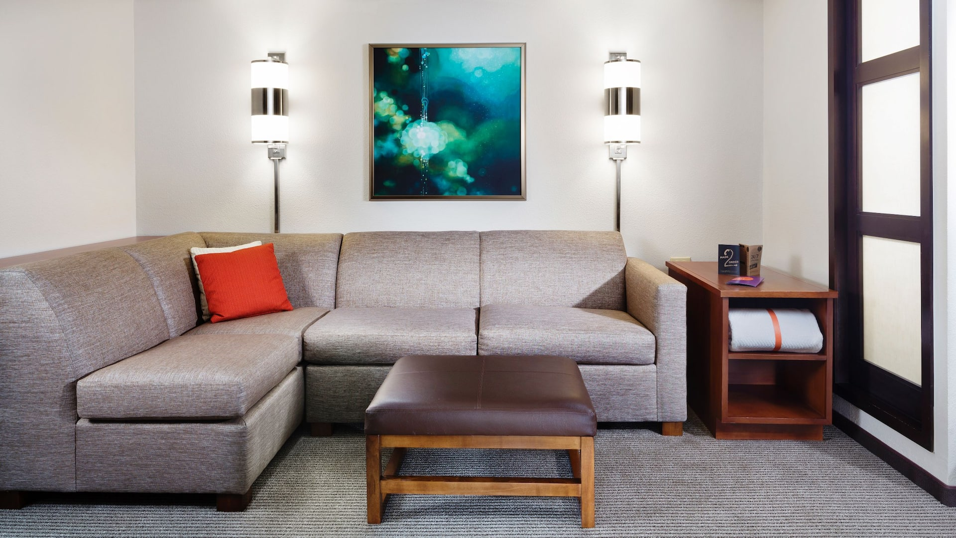 Hyatt Place Dallas / Plano – King Room Living Area