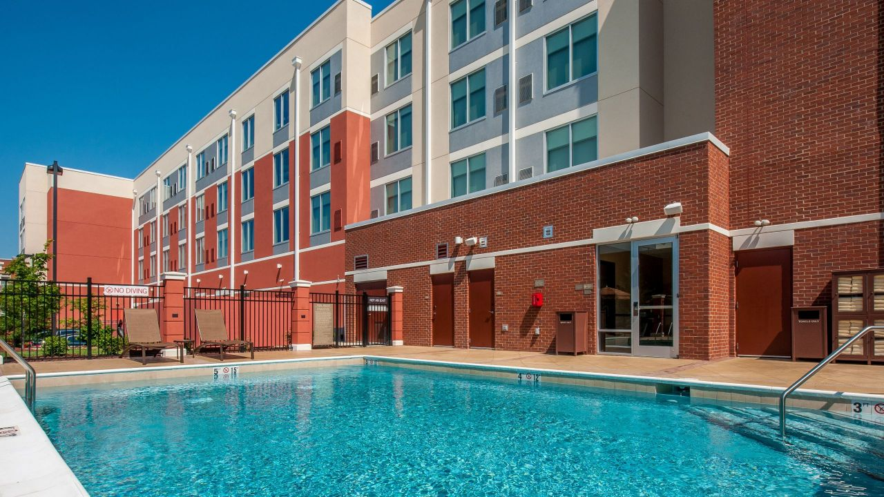 Hyatt Place Bowling Green Pool