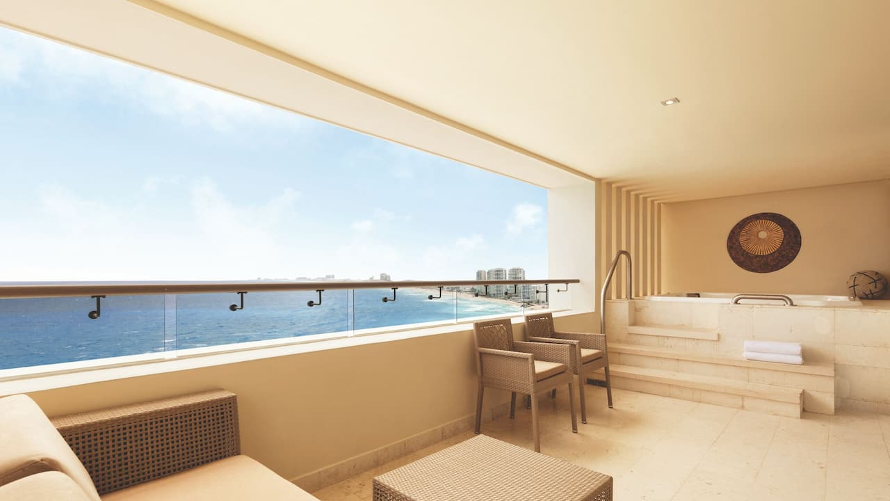 Club Two Bedroom Oceanfront Suite Balcony