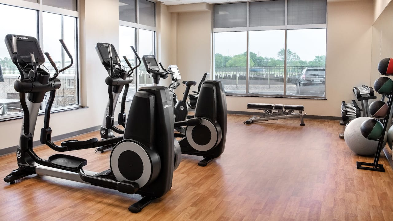 Hyatt Place Kansas City/Lenexa City Center Hotel 24/7 Fitness Center Photo