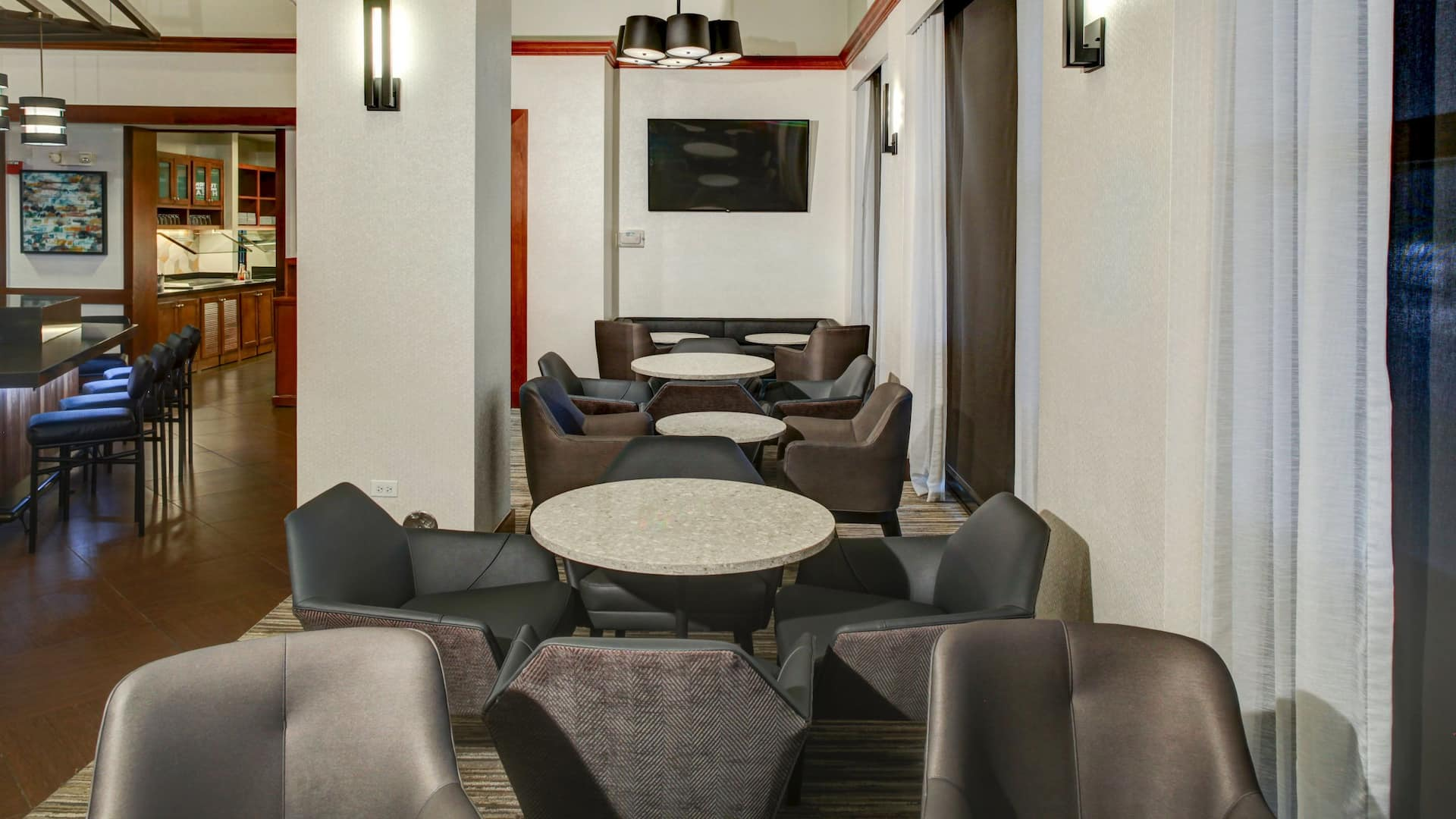 Hyatt Place Memphis Primary Parkway Lounge