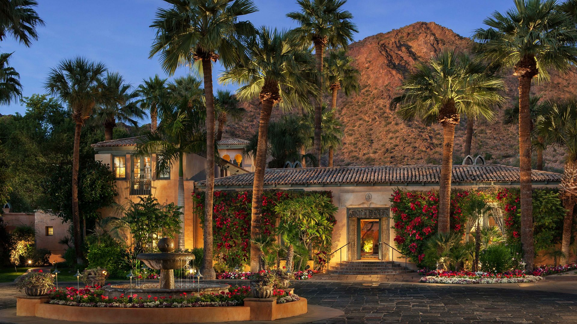 Luxury Phoenix Resort Near Camelback Mountain Royal Palms Resort