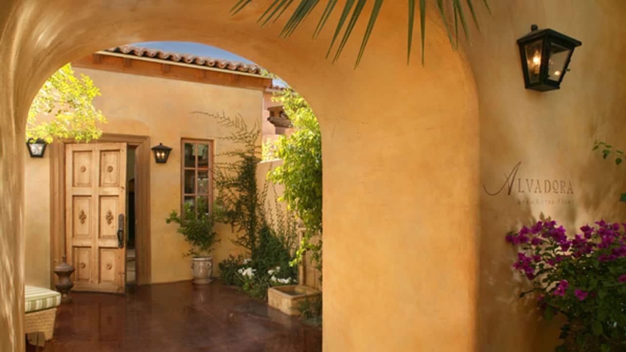 Alvadora Spa Exterior