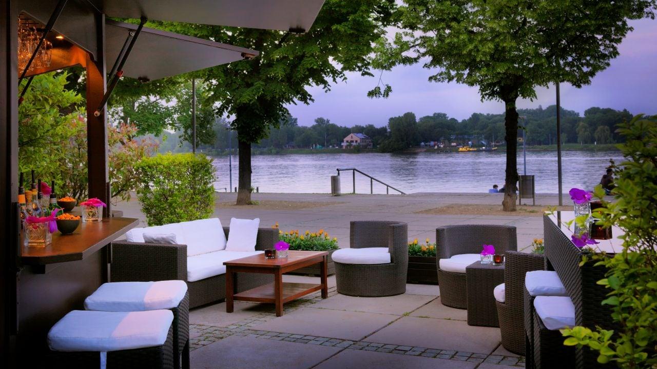 Rheintoechter Terrace