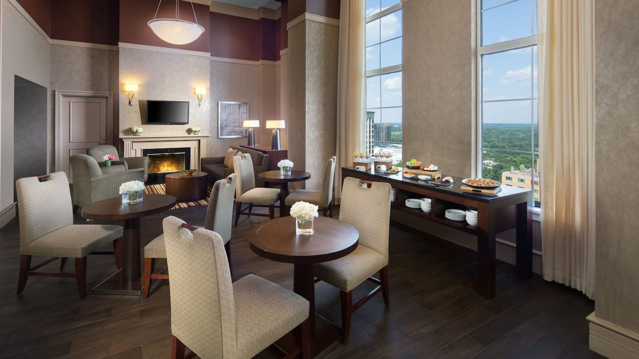 Grand club lounge Grand Hyatt Atlanta
