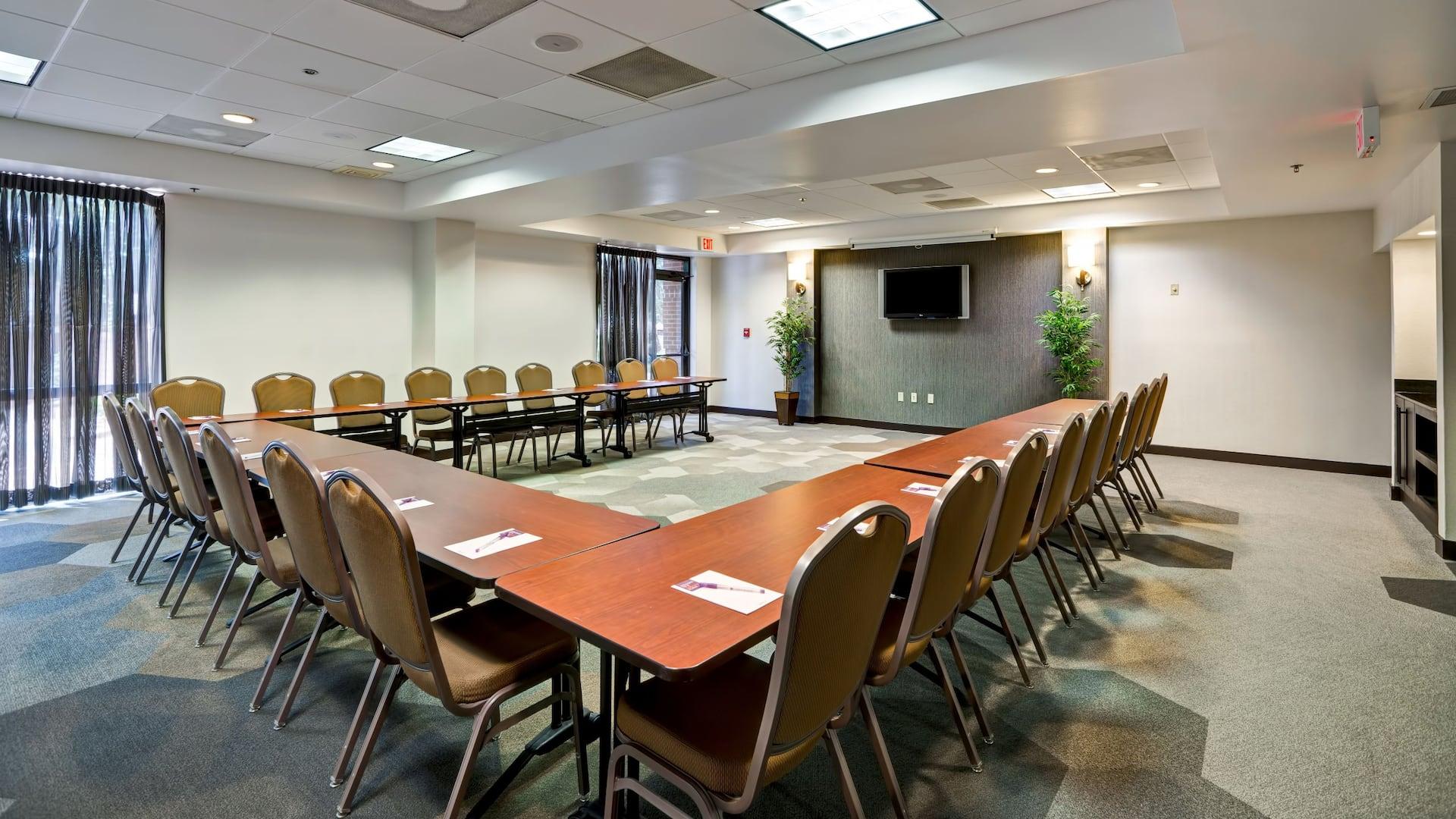 meeting room U shaped