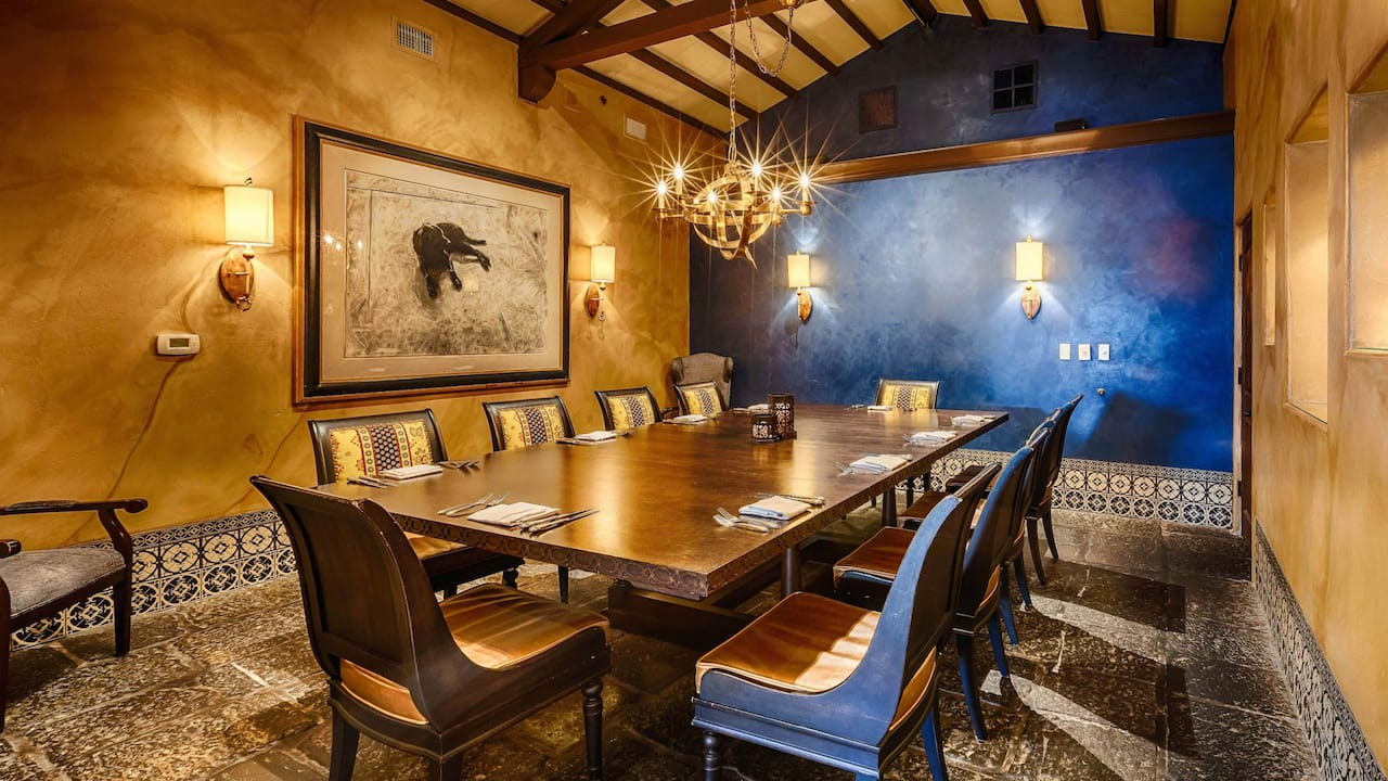 De Los Private Dining Room