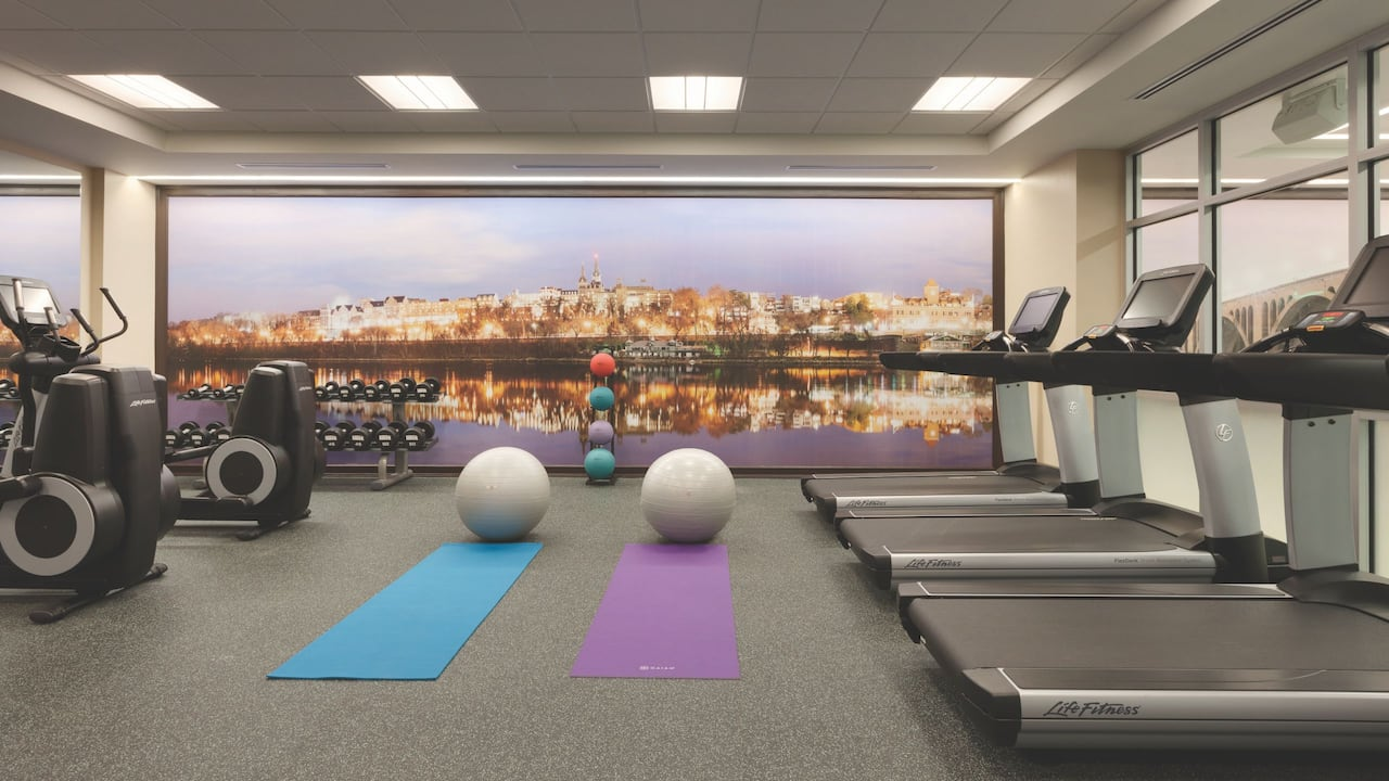 Hotel near Georgetown University with Gym Hyatt Place Washington DC / Georgetown / West End