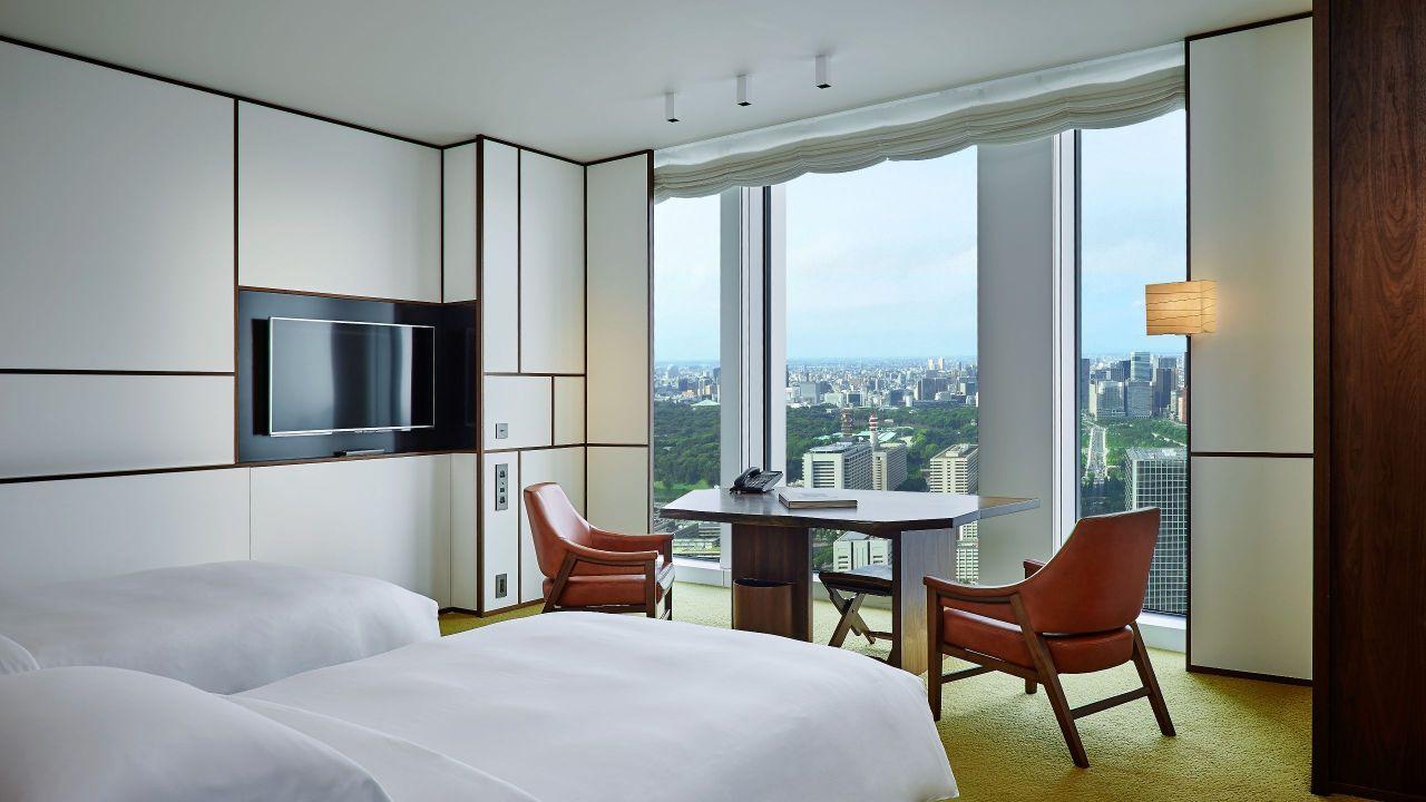 Andaz Tokyo Toranomon Hills, park view double twin guestroom
